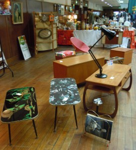 September sizzlers retro bazaar for Furniture xpress bethnal green