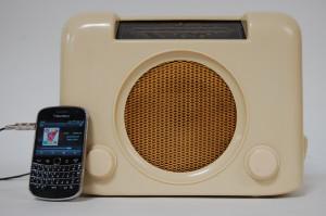 1950s Bush DAC90 Cream Radio, with MP3